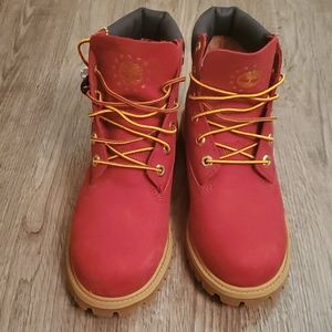 Youth dark red Timberland boots